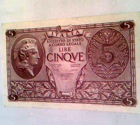 Banconote 5 lire del 1935 dettaglio dell 39 oggetto del for Siti di collezionismo