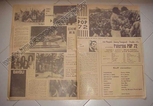 foto del foglio manifesto aperto